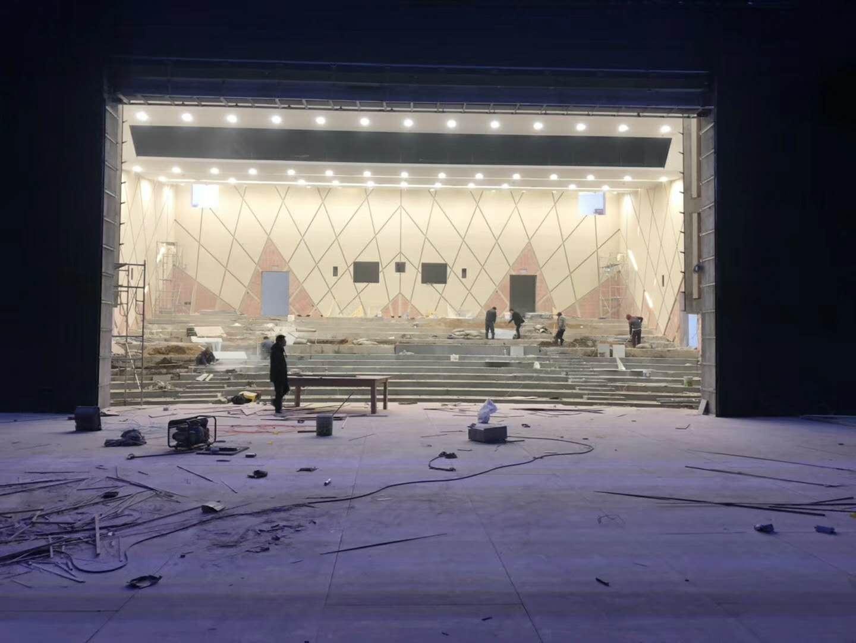 不同的演出场景舞台应该如何合适的进行设计布局呢?