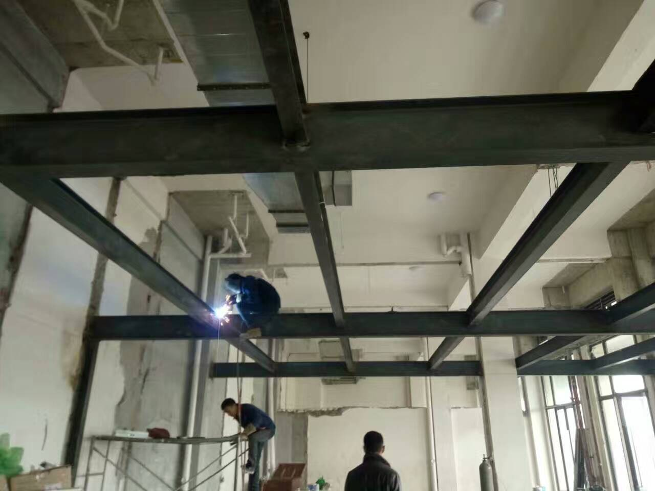 成都钢结构阁楼施工