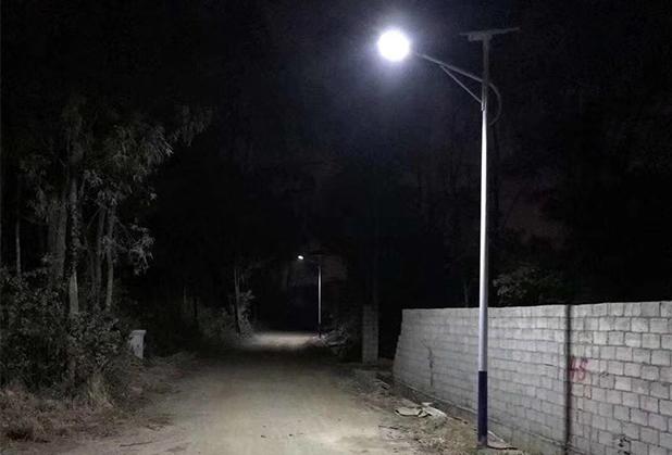 四川新农村太阳能路灯