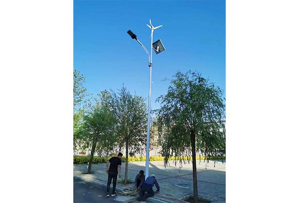四川风光互补太阳能路灯安装