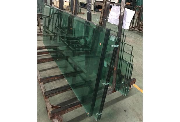成都钢化玻璃施工