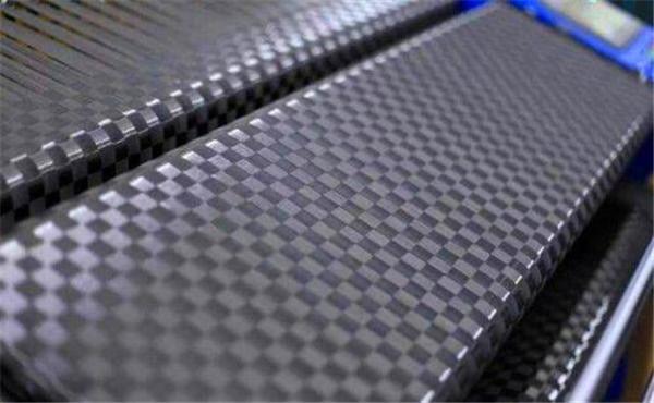 碳纤维布可以用来修补裂缝吗?其施工流程有哪些?