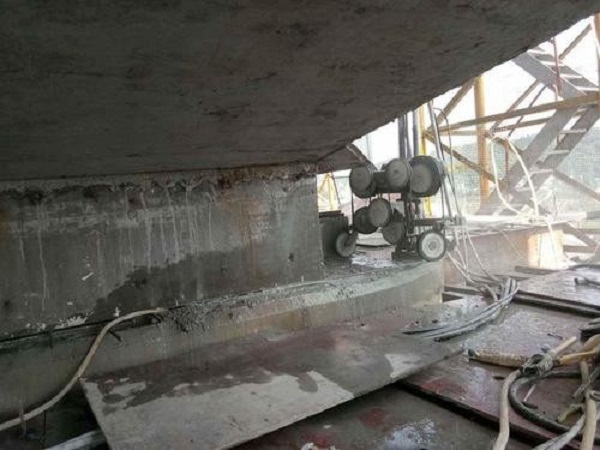 宁夏静力切割公司为您介绍混凝土静力切割拆除的施工方法