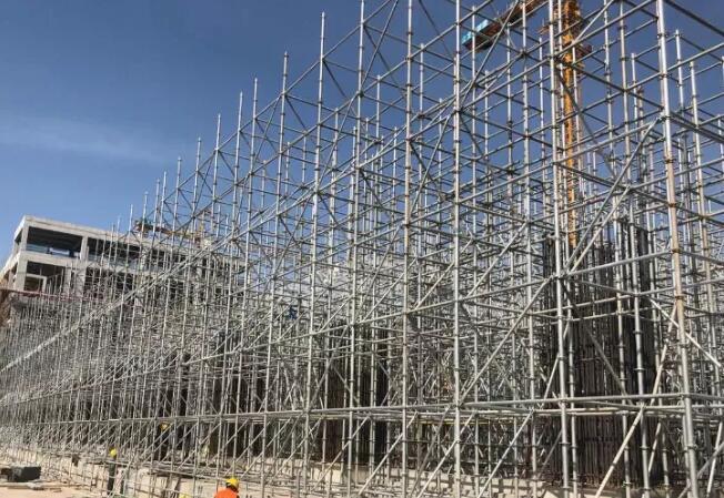 成都盘扣式脚手架在建筑施工项目中的应用