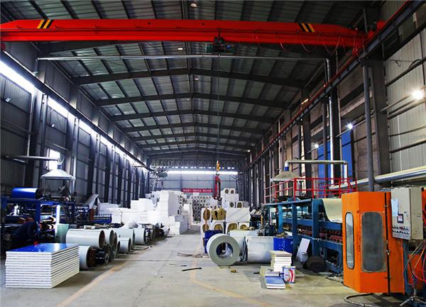 河南净化板生产车间