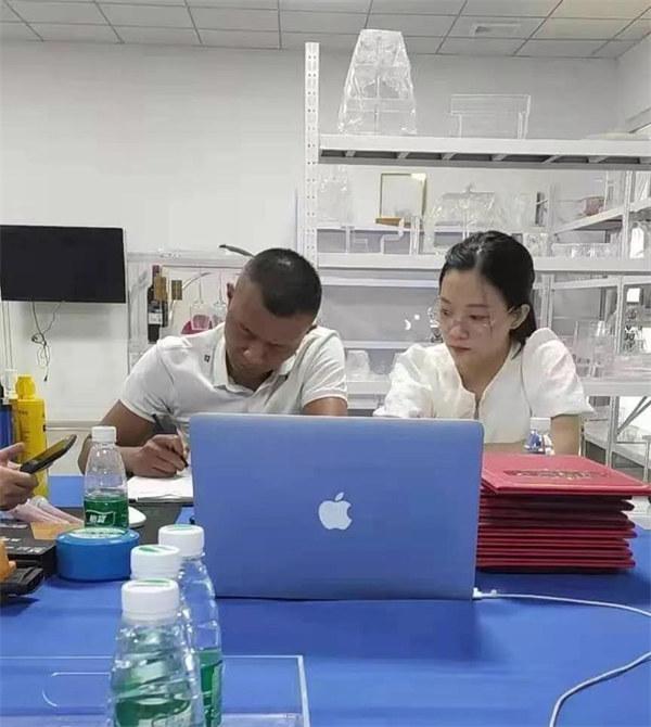 热烈祝贺中国黑兔建材与美国客户..视频会议圆满!!!