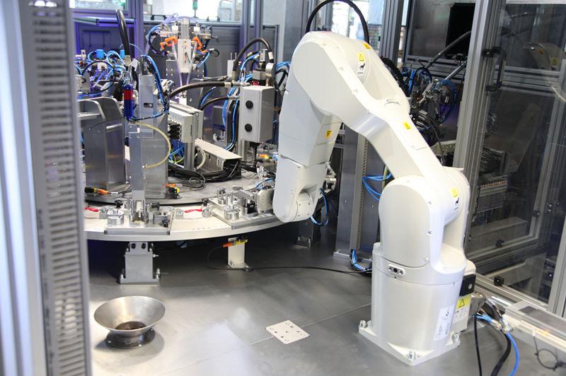 自动组装机器人