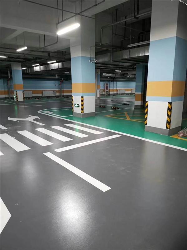 聚氨酯超耐磨地坪施工