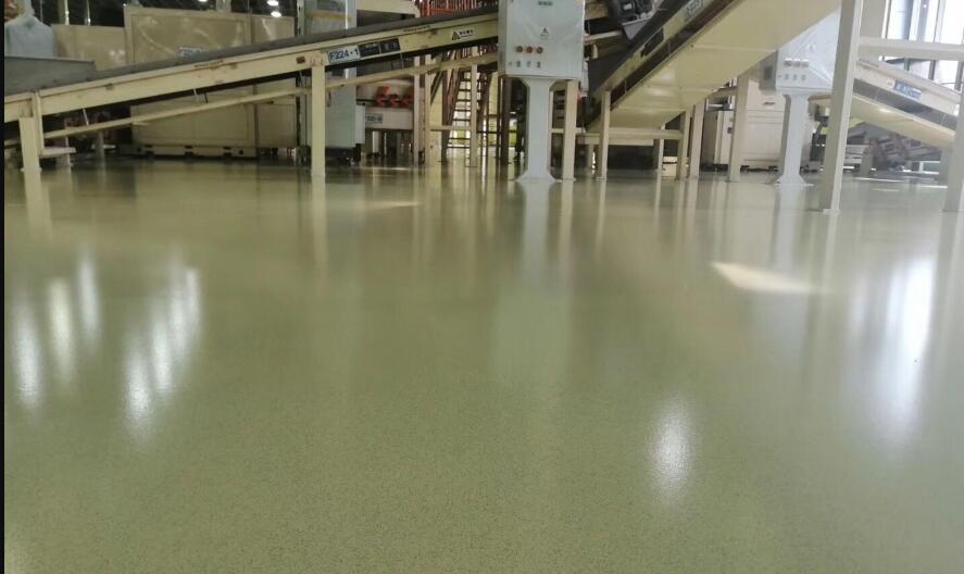 环氧砂浆耐压地坪不能在雨天施工的原因