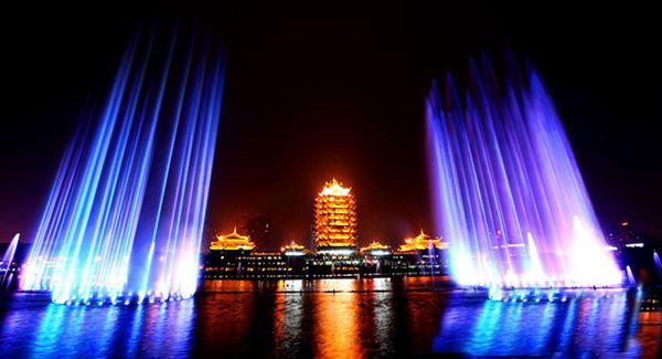 在进行四川喷泉施工之前需要先确定其选址