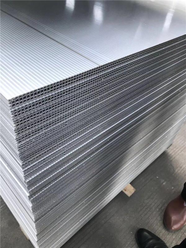 重庆中空塑料模板的优点