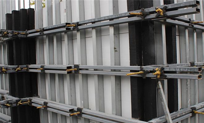 如何有效防止和解决四川中空塑料建筑模板变形?