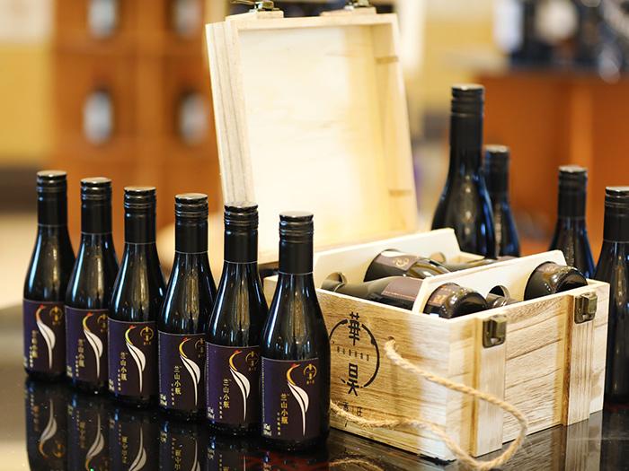 宁夏兰山红酒