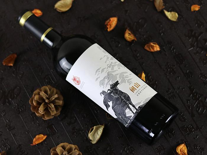 宁夏将军阅山红酒