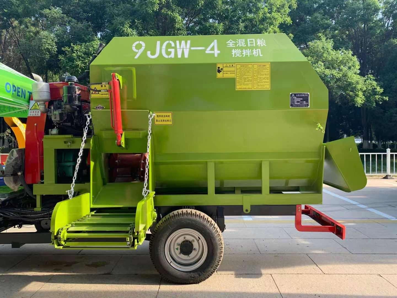 龙泽机械9立方卧式全日粮饲料搅拌机,用户喜欢的超大容量