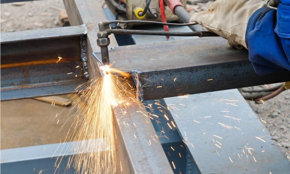 包头不锈钢焊接工程中哪些是不可以操作的?