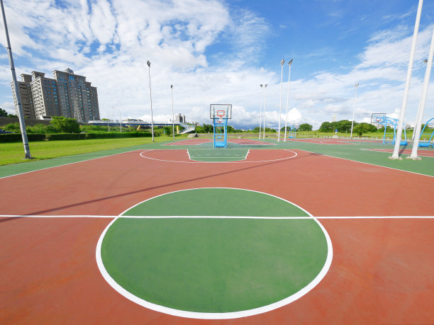 篮球场划线施工中需要注意哪些问题?