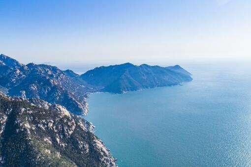 青岛12家景区对所有游客免门票,趵突泉等6家国有景区也实行降价优惠