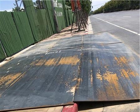 铺路钢板出租公司讲解防滑钢板热镀与冷镀的区别