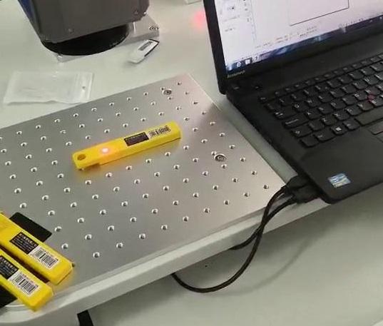 静态激光打标机在塑料制品上的应用