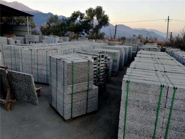 冰花兰石材厂区环境