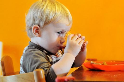 儿童夏季常见3种感冒类型,家长们试试这些方法。