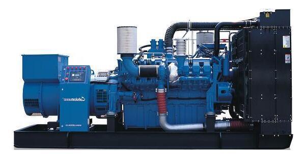 关于四川柴油发电机电瓶应该如何保养