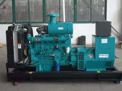 想要知道成都柴油发电机组的控制系统是如何工作的看过来