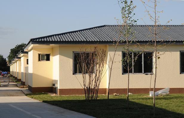 社区建筑采用仿古瓦