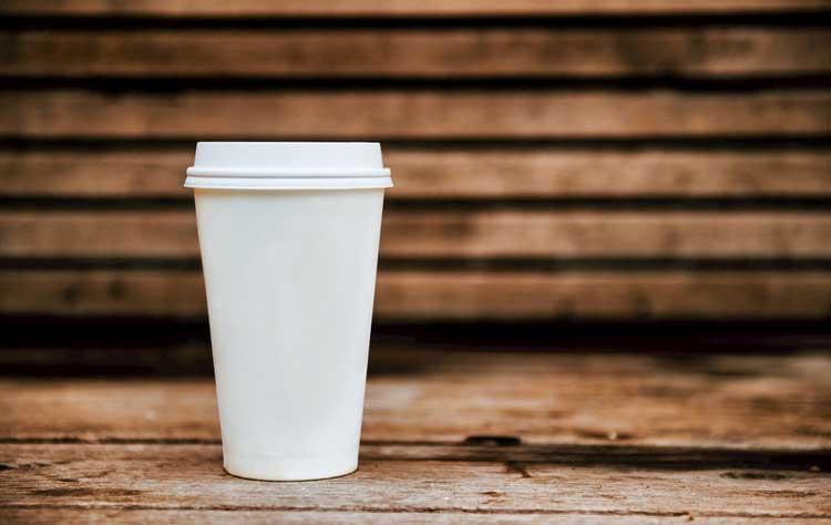 定制郑州奶茶杯,选好厂家更要关注成品完好率