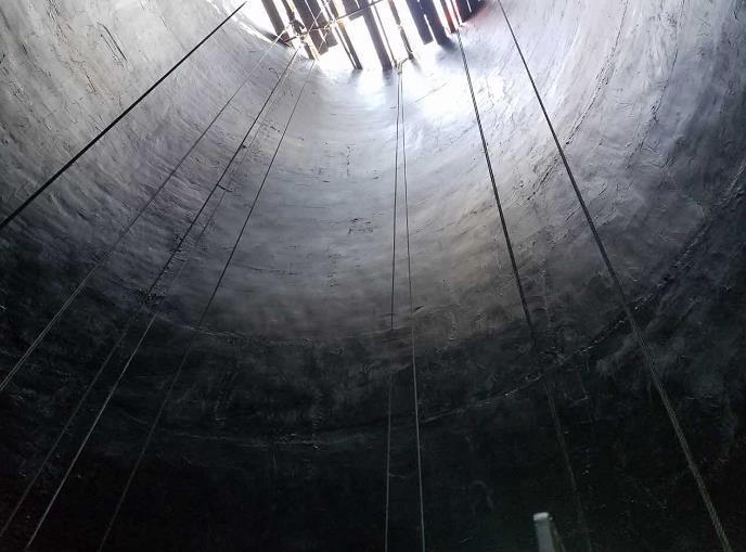 烟囱内筒液体氟橡胶防腐施工方案
