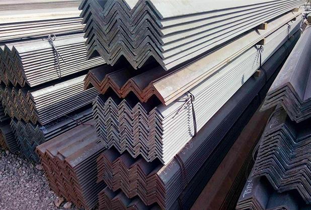 四川鍍鋅角鋼銷售