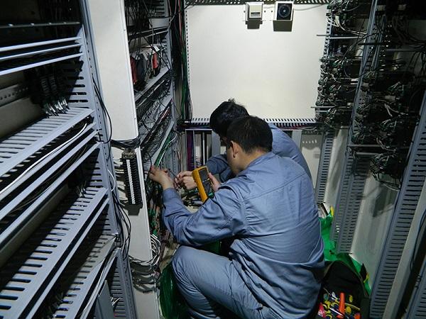 当电气设备发生故障或不能正常工作时,我们应如何处理?