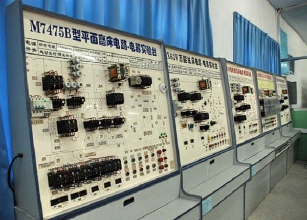 宁夏电气设备维修公司
