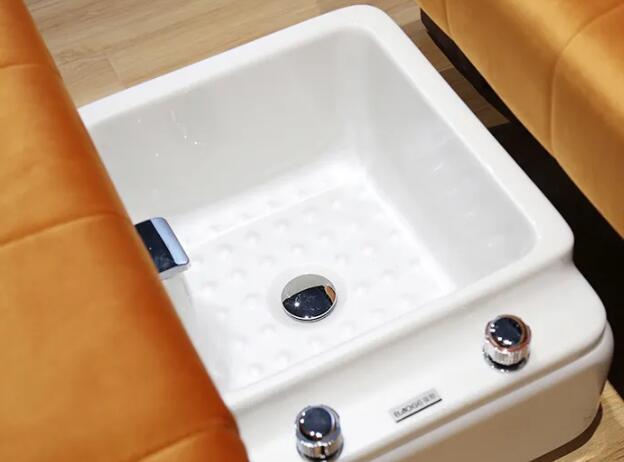 那些常见的足浴沙发故障问题我们该如何去更好的应对