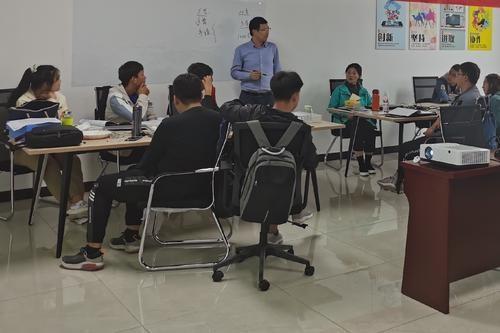 【银川新闻传媒集团】兴庆区:促进跨境电商快速集聚发展