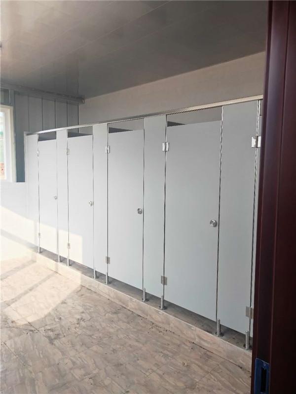 成都卫生间隔断怎么设计?成都卫生间隔断安装注意事项!