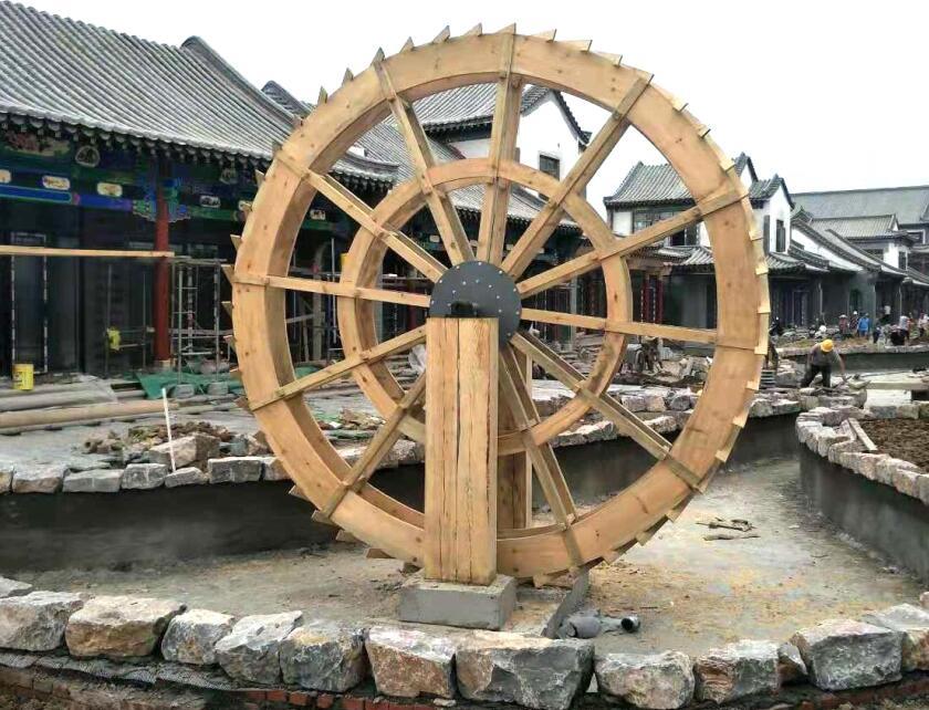 四川防腐木水车