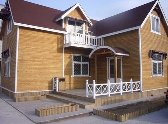 建造四川防腐木木屋该该如何选取材料?