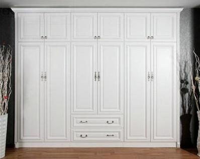 家具保养不能忘 三招让你还原亮丽衣柜