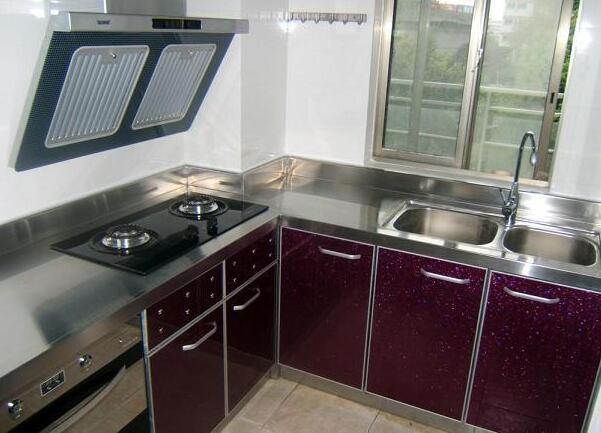 把握橱柜保养技巧,让厨房更洁净