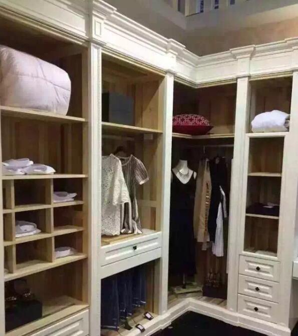 如何把你的衣柜室内空间放大!西安衣柜厂家来教大家