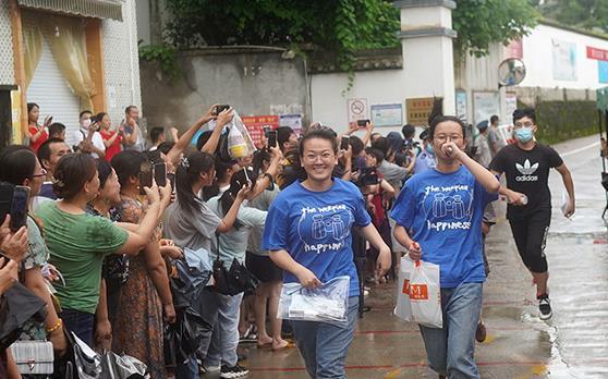 7月9日,安徽歙县的2207名考生结束高考