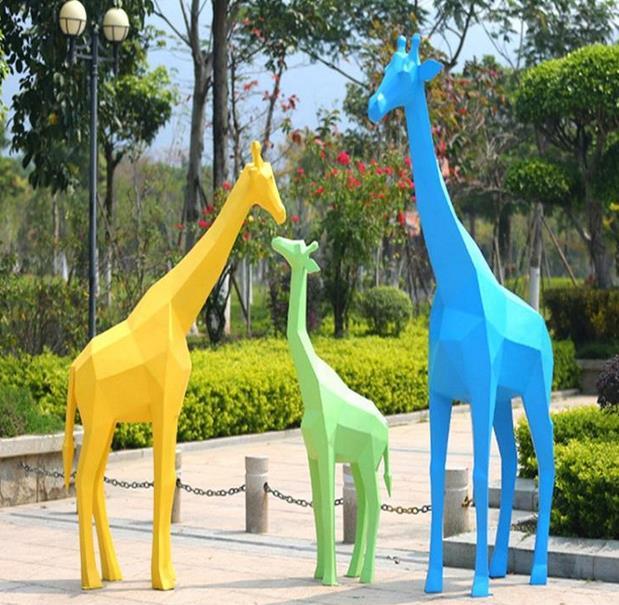 玻璃钢雕塑选购以及保养注意事项有哪些?