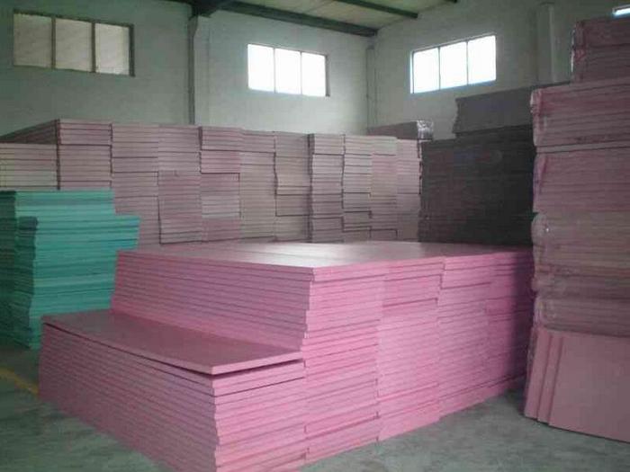 方济加保温材料来给大家分享挤塑板工艺原理及适用范围啦