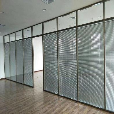 张家口玻璃隔断加工厂_玻璃订购地址