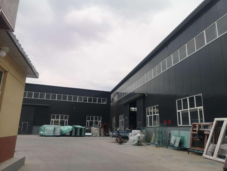 峰峰玻璃有限公司厂区_张家口玻璃厂家