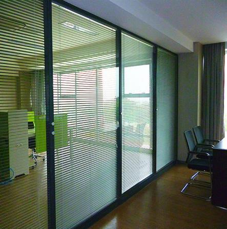 在张家口办公室玻璃隔断应该如何选择?