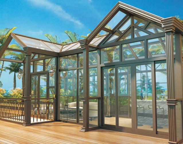 别墅阳光房顶部哪种材料更好?