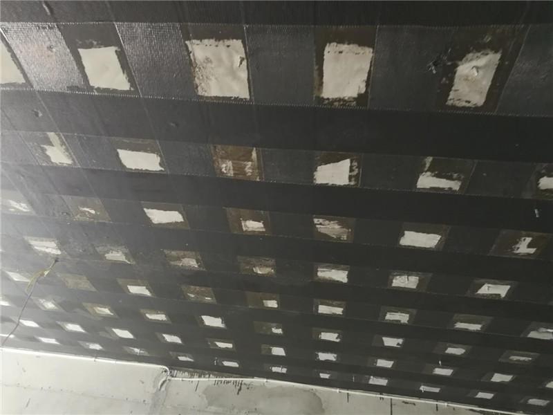 四川裂缝修复碳纤维加固项目